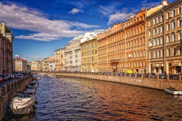 водный канал Санкт-Петербурга