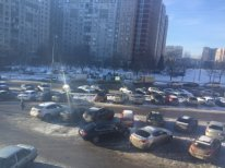 парковка ТЦ Северное сияние в Северном Бутове