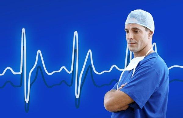 незаконное увольнение врача