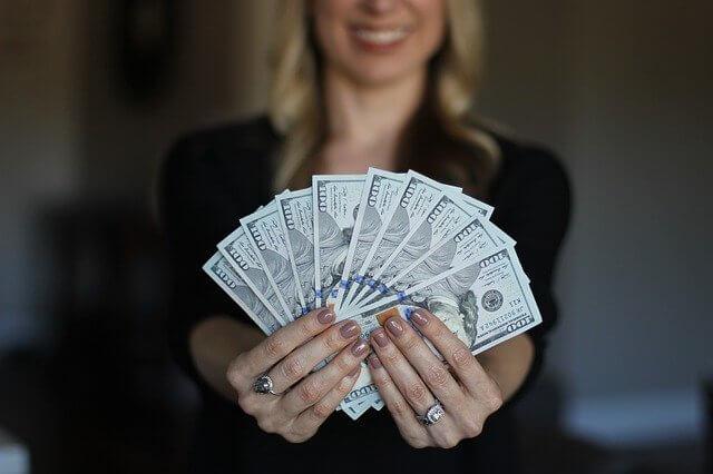 хищение денежных средств в особо крупном размере